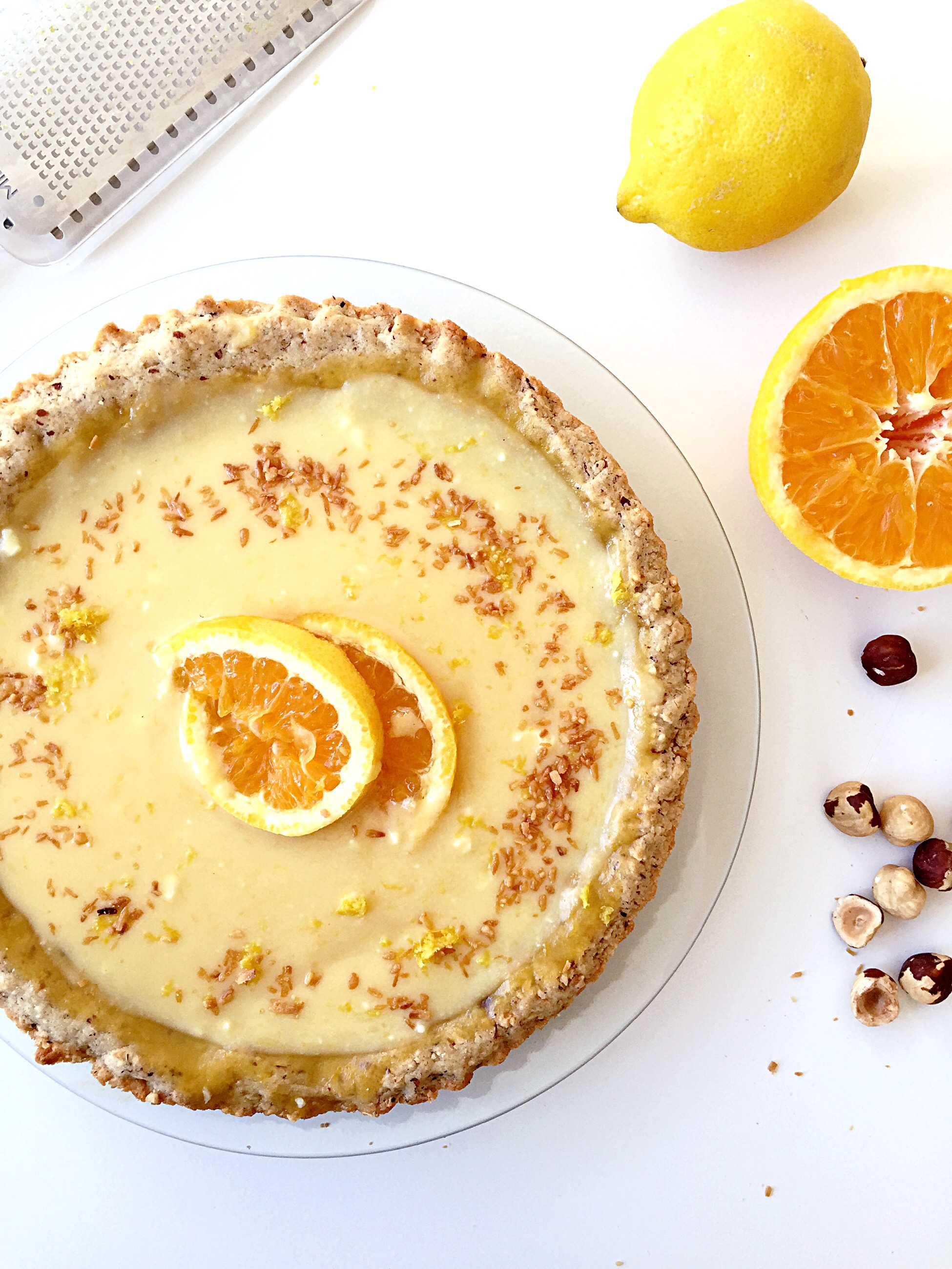 Lemon and Orange tart with Hazelnut crust | The Bee's Kitchen: Tasty ...
